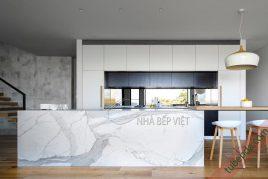 6 mẫu tủ bếp gỗ xoan đào đẹp nhất năm 2020