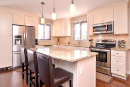 Mách bạn cách lựa chọn tủ bếp gỗ cho ngôi nhà yêu thương